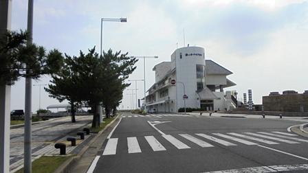 洲本ポートターミナルビル1.jpg